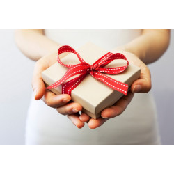 Treat One of Your Dear One with Our Gifts Delivery Service in UK